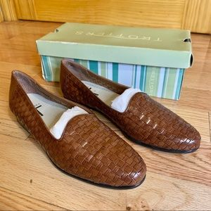 TROTTER Liz Leather Loafer Brown 9.5 Narrow